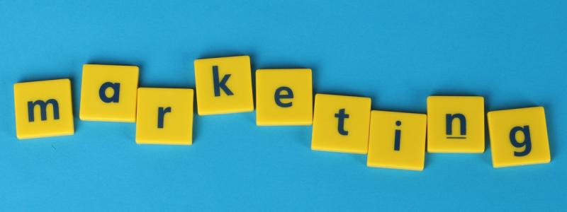 O que é marketing educacional