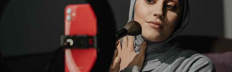 Como-criar-um-curso-de-maquiagem-online